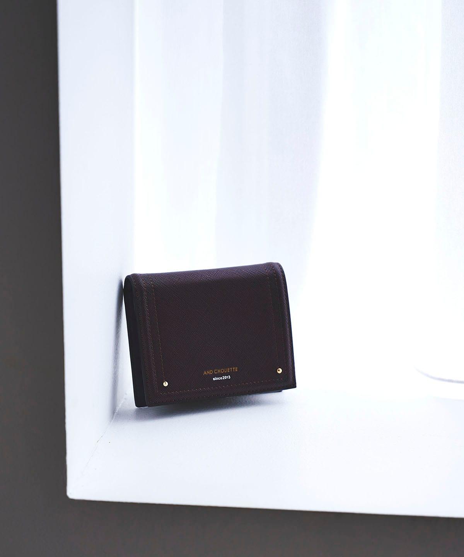 新型シンプル折財布